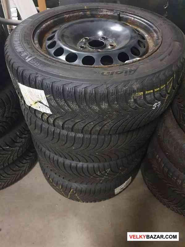 Plechove disky orig. Volkswagen 3C0601027 s pneu m (1/3)