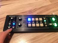 Roland V-1HD Portable Video Switcher Mixer kabely