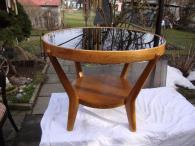 Konferenční stůl stolek Koželka Kropáček krásný