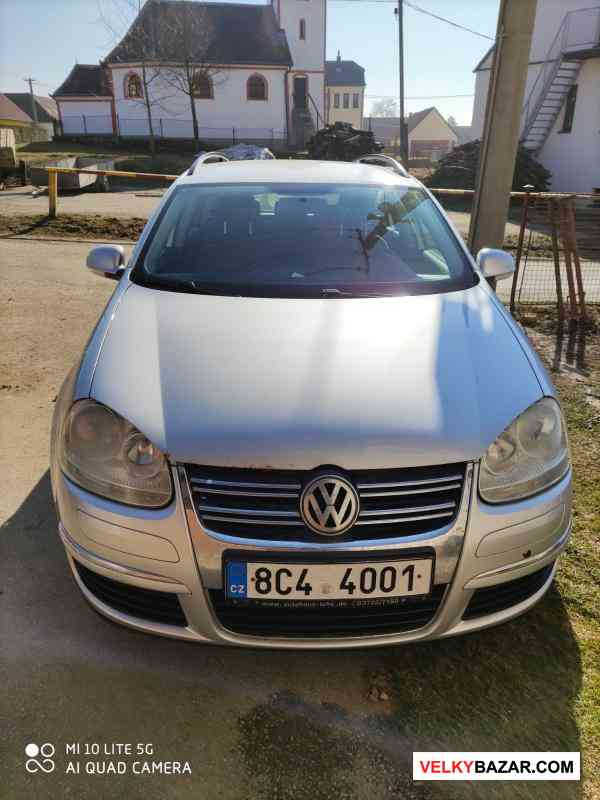VW Golf combi 2007 / 77 kw (1/4)