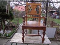 Starožitné dřevěné vyřezávané křeslo židle trůn