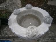 Ručně vyrobený betonový květináč - Pivoňka
