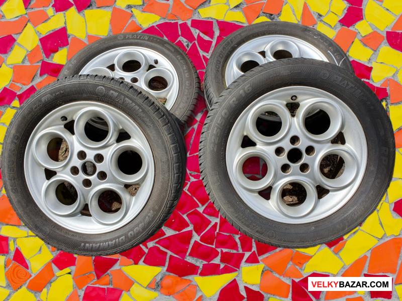 Alu kola Alfa 5x98 6,5jx16 41,5 pneu  225/50 r16 6 (1/1)