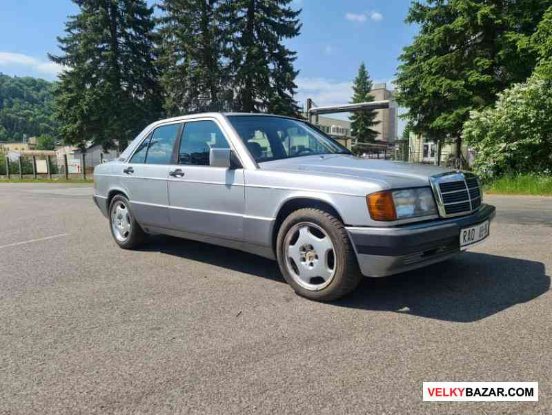 Mercedes W201 190E 2.0i benzin 90kw, r.v 1991, pla (1/6)