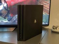 Playstation 4 Pro 2TB 500 Million Limitovaná Edice